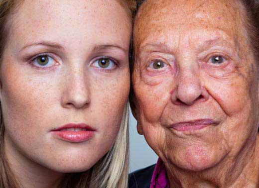 Alte Frauen und Jungen